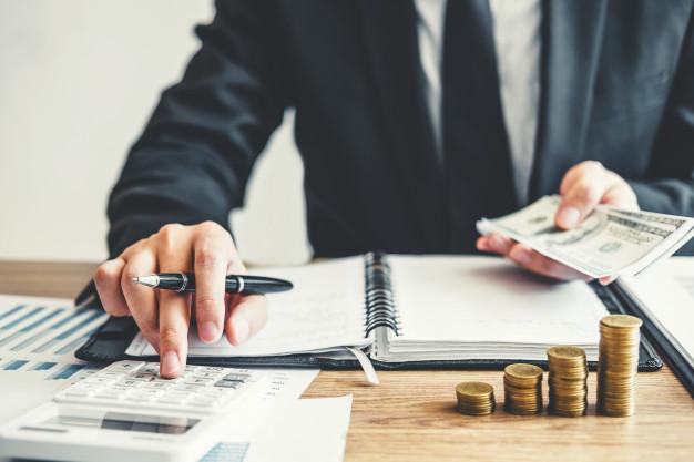 Les erreurs financières qui peuvent vous causer des problèmes juridiques